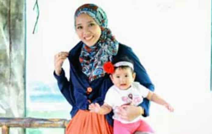 Busana muslim untuk ibu-ibu – Para ibu-ibu muslimah ini sendiri ...
